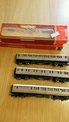 Hornby 00 LNER teak coaches (3 variations) with 2 boxes