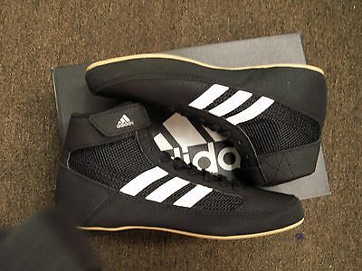 New In Box ADIDAS Wrestling AQ33 HVC Mens size 9 - LACED - BLACK WHITE GUM