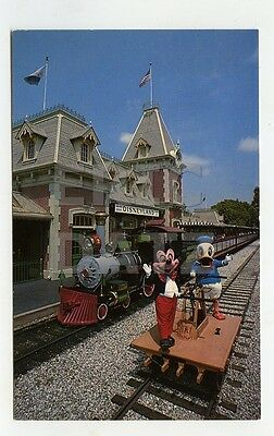 Postcard--Disneyland Train Station-Mickey Mouse & Donald Duck, a27895