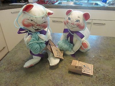 VINTAGE ANNALEE TWO PLAYFUL KITTY CAT DOLLS 1990s BALL OF YARN