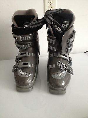 Tecnica DUO 90 Ski Boots Adjustable size 6, 6 1/2, 7, 7 1/2 Women