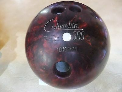 bowling ball Columbia with carry bag, weight 6.3 kilos, large finger/thumb holes