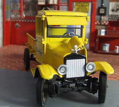 David Jones 1925 Die cast Ford Truck pickup 175 Years 1/32 Collectible