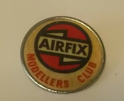 Airfix Modellers Club - Plastic Disc on Metal Badge - Made by Fattorini