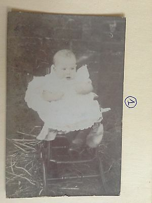 UNKOWN CUTE BABY GIRL EARLY POSTCARD 1900c