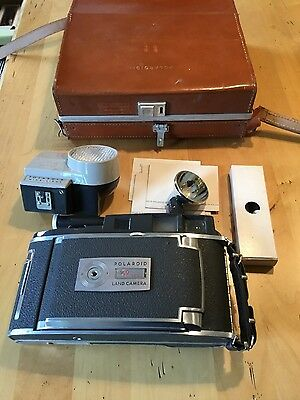 POLAROID Electric Eye Land Camera Model 900 Leather Case & Accessories Vintage