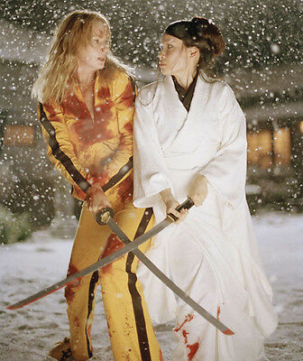 Uma Thurman and Lucy Liu UNSIGNED photo - H3031 - Kill Bill