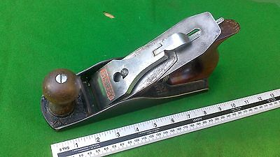 Good  Vintage Stanley Bailey No 4 smoothing plane .