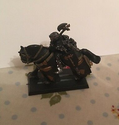 Bretonnian Lord With Great Weapon