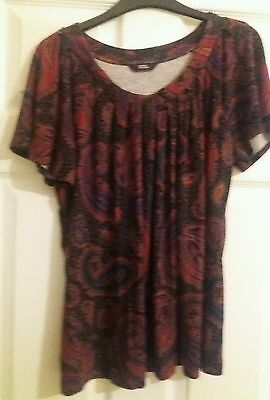 ��M&S Marks & Spencer ladies size 12 red mix t shirt top bnwot ��