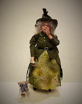 D/house Miniature Dog Walking Witch Giddy Kipper 1/12th  - Resell OOAK