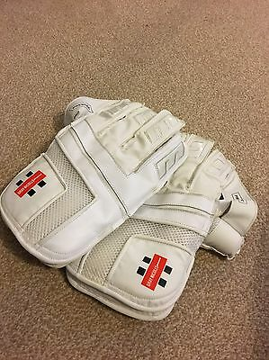 Graynicolls Prestige Wicket Keeping Gloves + Brand New Set of Inners