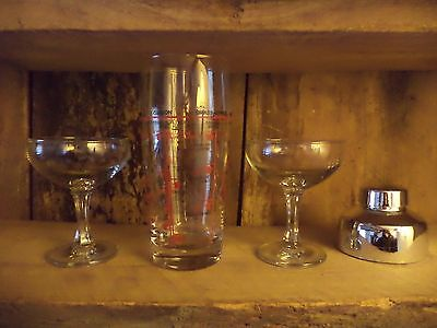 Vintage/retro/kitsch glass red/silver cocktail drink shaker two matching glasses