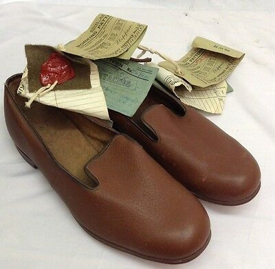 WW2 Style Sealed Pattern Slippers Men's Brown Hospital RAF, 1954 Dated