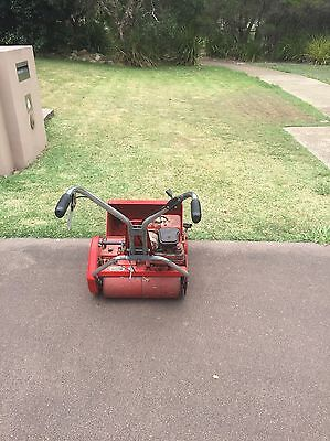 """17"""" Rover 45 Cylinder Reel Mower with 3 HP Briggs & Stratton Engine"""