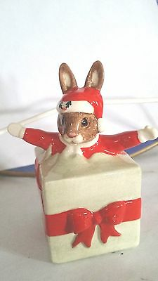 Royal Doulton BUNNYKINS CHRISTMAS SURPRISE DB146 PERFECT WITH ORIGINAL BOX