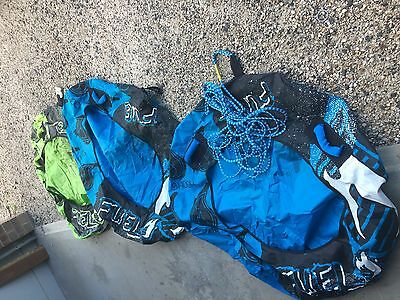 water skiing equipment 3 Single Tubes Donuts And 4 Life jackets