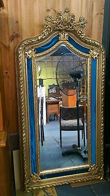 LARGE GILT MIRROR in a CLASSIC ANTIQUE STYLE
