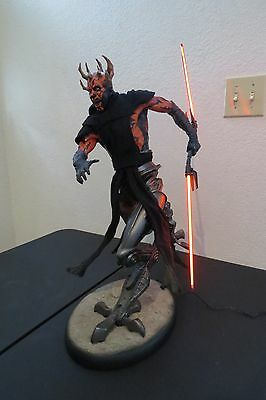 Darth Maul with Mechanical Legs Premium Format Figure exclusive  Sideshow