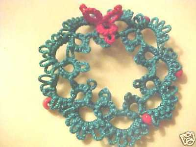 Tatted Wreaths 6 Green Red Beads Christmas Tatting by Dove Country Gift Tags