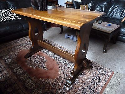 Arts & Crafts Style Solid Oak Table