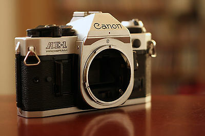 Canon AE-1 35mm SLR Film Camera Body Only with case