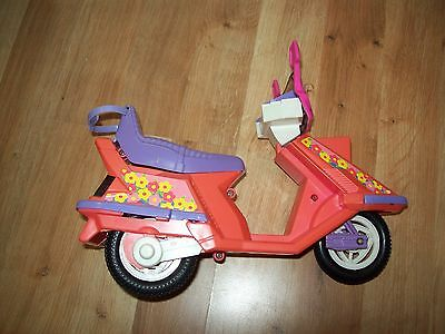 Barbie pink scooter