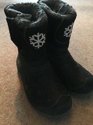 Snow Boots Size 2.5 - 3