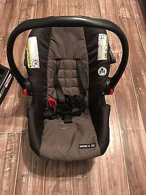 """Graco """"Click Connect"""" Baby Car Seat"""