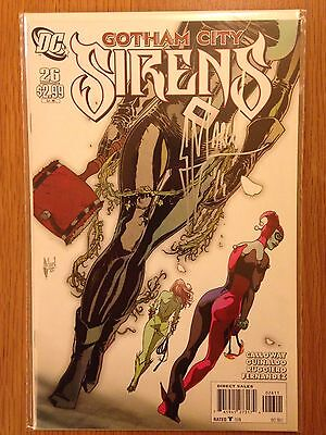 DC Comics Gotham City Sirens #26 Signed Guillem March Near Mint Condition