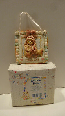 Cherished Teddies  QUILTS OF FRIENDSHIP WALL PLAQUE