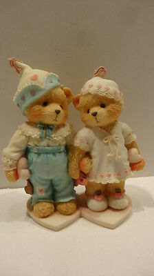 Cherished Teddies  SWEETHEARTS FOREVER.  Figurine.