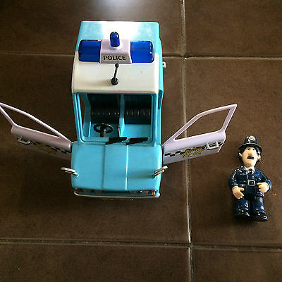 Large Pc Selby Figure And Friction Police Car