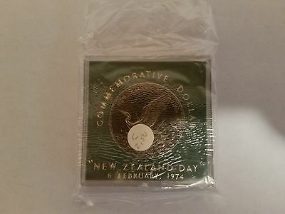1974 New Zealand Day $1 Dollar Uncirculated Coin In Perspex Case