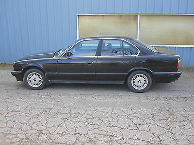 1990 BMW 5-Series  1990 BMW 525i LOADED, LOW MILEAGE, SENIOR OWNER CAR IN GREAT SHAPE 53K MILES