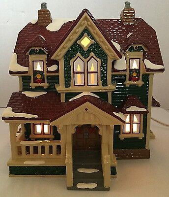 Dept 56 Hartford House The Original Snow Village #5426-7 Christmas Town
