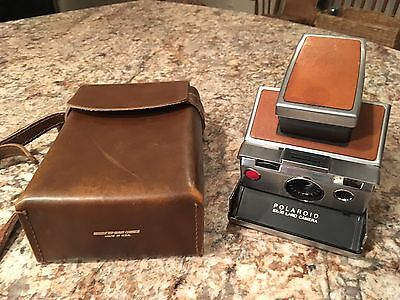 ORIGINAL VINTAGE POLAROID SX-70 LAND CAMERA WITH Leather Case