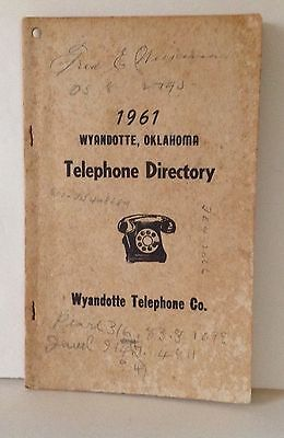 1961 Wyandotte, Oklahoma Telephone Directory Only 25 Pages!