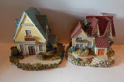 "Olde England's Classic Cottages 2 Pc. Lot ""the Kent"" & ""yorkshire House"""