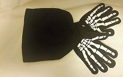 NEW Youth Beanie and Gripper Gloves Set BLACK with white design KNIT One Size