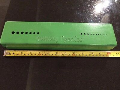 Vintage Knitting Needle Case  To Measure Needle Sizing