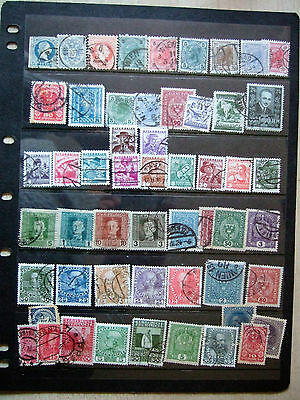 Austria - Card Full Of Early Austrian Stamps Inc Sg496-7 Cat  £7.50 Alone