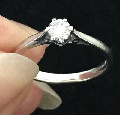 18ct White Gold Diamond Solitaire Ring Size M