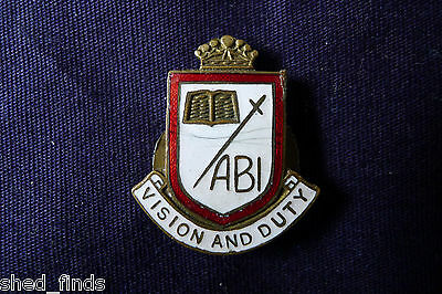 Old Unidentified School/college Badge; Abi. Vision And Duty. Silver Gilt/enamels