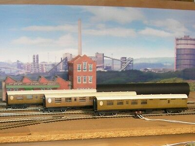 "Hornby/Triang OO Thompson LNER ""teak"" coaches X 3"