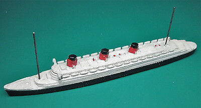 DINKY TOYS MODEL  No.52A CUNARD WHITE-STAR LINER 'QUEEN MARY' BRASS ROLLERS