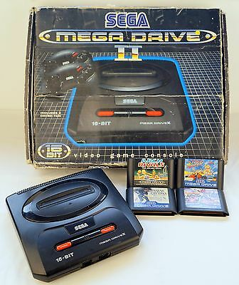 Boxed Sega Mega Drive 2 Console with 4 games and 2 pads (Pal)