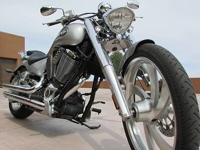 Victory  LO MILES! MINT CONDITION 07 VICTORY VEGAS PERFORMANCE EXHAUST LUGGAGE RACK MINT!