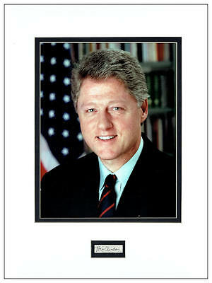 Bill Clinton Autograph Signed Display  AFTAL  UACC RD
