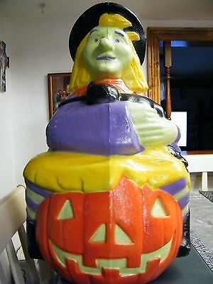 """Vintage Hallowee Blow Mold Witch With Black Cat 23"""" Tall Yard 1993 TPI"""